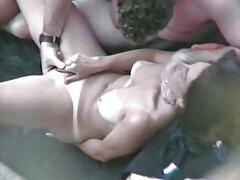 Srácok, sexvideo ingyen fogj egy lányt harisnyában, majd azonnal világossá tedd neki, hogy szexet akar. A lány először nem tartott szexuális kapcsolatot. de az emberek még mindig szopni fiatal lány kényszerítette, hogy szex vele. Ezen túlmenően, a srác azt akarja, hogy az anális szex a fiatal orosz, ő pedig baszni keményen a seggét a folyó víz a darab. Elkezdte használni minden erejét, hogy elnyomja Kurva Szőke Anális.