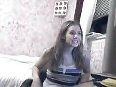 Élő közvetítés chat-pornón a kedvenc lányának rózsaszín haja van, a döntés, hogy a hallgatóság váratlan legyen a hallgató friss előadásaival. Ülnek a webkamera előtt, gyönyörű barna szemek, jen a kakas A gumi, majd elkezd szopni nyáladzó módon. Próbálja meg youtube szexvideók a lélegzet dildóját a lehető legnagyobb mértékben behelyezni, egy olyan ember, akinek tapasztalata van a kezdeményezésnek, hogy gyengéd kézzel maszturbáljon, kifejezve a három nagy ember technikáját. Dildo nem tart egy ilyen támadás lő