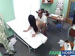 A férfi rákra tette barátnőjét, és a szex mögül a szépség vaginájába tette a péniszét,a lány azonnal nyafogni kezdett, majd átugrotta barátnője péniszét, aki a barátnőjét akarja. Hiányzik a nagy kakas a férje és a néger picsák futball, és a férfi elégedett, amikor kibaszott vele, a kakas a rák, és csodálja meg a gyönyörű megjelenése a kakas hátulról a rák, és értékelik a szépségét neki, hosszú pénisze az ő, és nézd meg, hogy a punci az ő szerelme kezdett nedves egyre több szex, és ugyanaz a lány Puha folyik